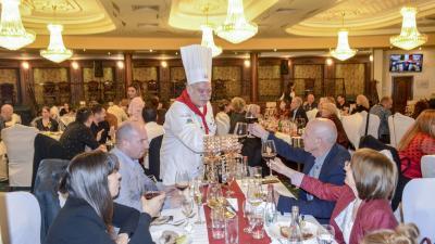 Магьосник на италианската кухня и вино събра на вечеря бизнеса на Стара Загора
