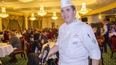 Топ готвачът Амедео Сандри обра оваците с традиционна италианска вечеря